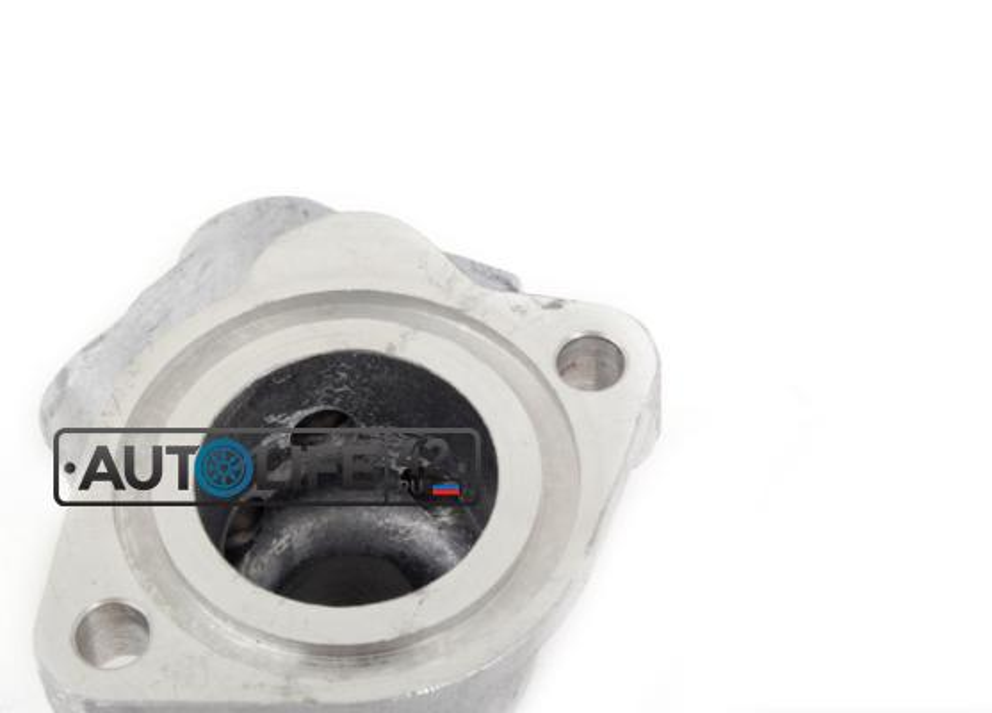 Фланец двигателя системы охлаждения