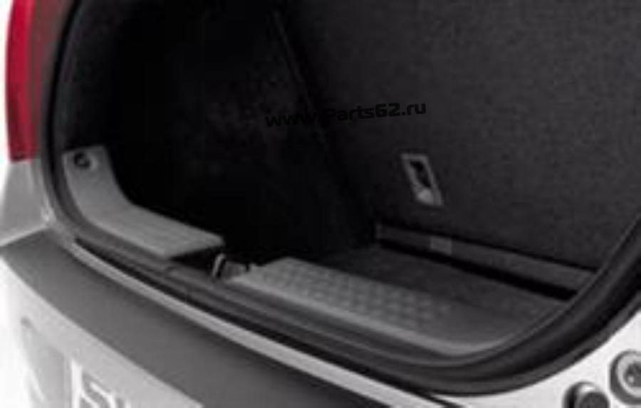 Накладка порога багажника