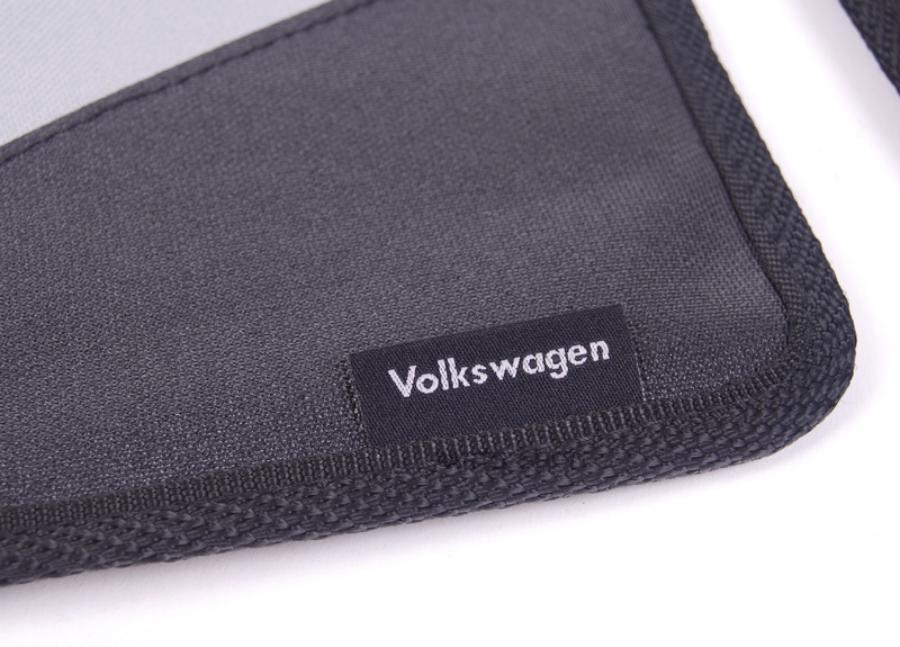 Чехол защитный на сидение под детское автокресло Volkswagen