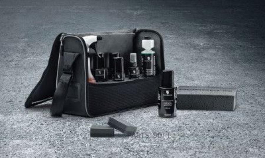 Набор косметических средств для ухода за кабриолетами Porsche Convertible Care Set